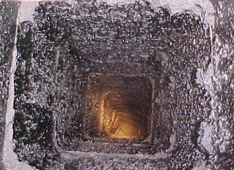 Чистка дымохода камина с помощью новых технологий